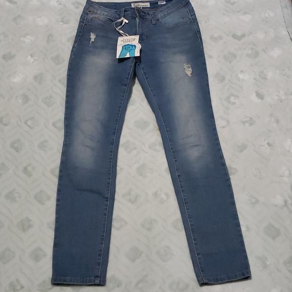 Royalty wanna better butt jeans